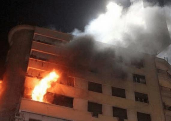 أمهم مشات للجامع فليلة 27.. وفاة طفلين في حريق في طنجة (فيديو)