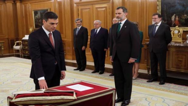 ما قل ودل.. 17 وزيرا فقط في الحكومة الإسبانية!