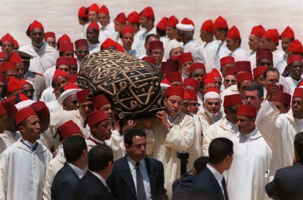 يرويها المدير السابق للإذاعة الوطنية.. لحظة إعلان وفاة الحسن الثاني