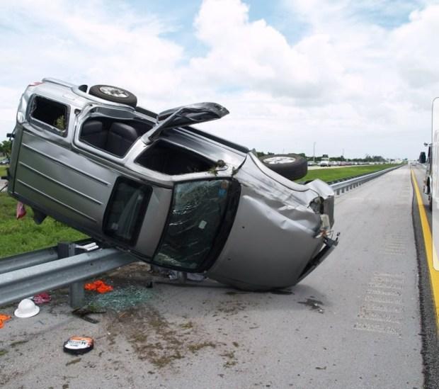 خطر حقيقي يلا ما رديتوش البال.. نصائح لتفادي انفجار عجلات السيارات (صور)