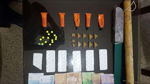 بالصور.. درك بوسكورة يوقف شخصين بسبب المخدرات والفساد