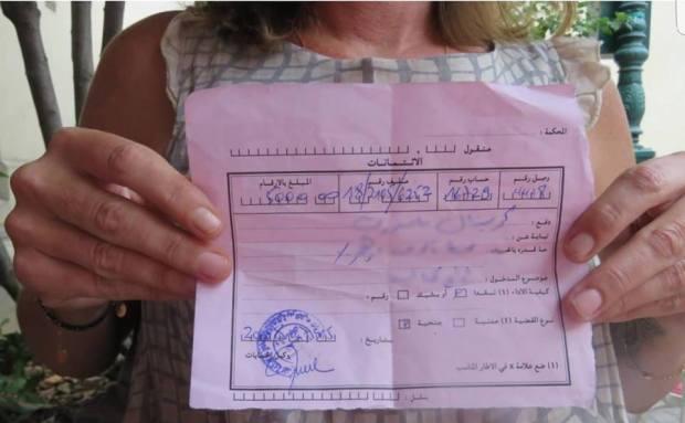 زوجة المتهم بالخيانة الزوجية في مراكش: شفتو مع الفرنسية فاللايف معانقين وكيتباوسو