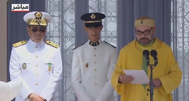 """أطلق عليه اسم """"عثمان بن عفان"""".. الملك يترأس حفل تخرج الضباط الجدد"""