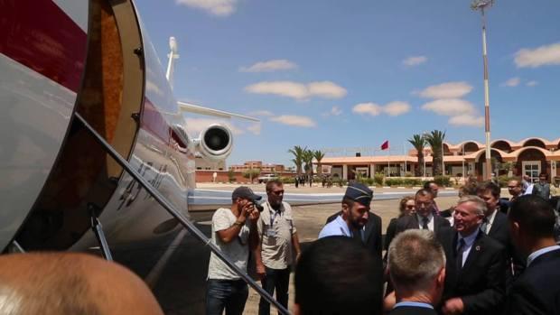 جولات ميدانية ولقاءات وتعبير عن الرضا.. هورست كولر ينهي زيارته إلى الصحراء المغربية (صور)