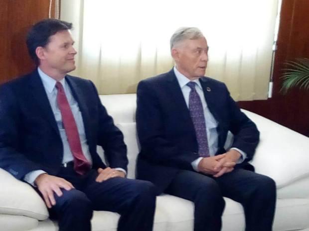 قبل زيارته إلى العيون.. مبعوث الأمم المتحدة إلى الصحراء المغربية يلتقي فعاليات مدنية وسياسية وحقوقية في الداخلة