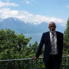 إشاعة الكونجي فسويسرا وتدوينة السفر في الذات.. يتيم يدافع عن نفسه