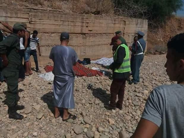 حادثة مميتة بين أحفير والسعيدية.. مقتل 7 أشخاص وإصابة آخر (صور)