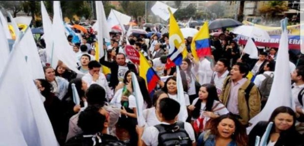 كولومبيا.. مسؤول كولومبي يوصي بعدم ممارسة الجنس عند الظهيرة!!