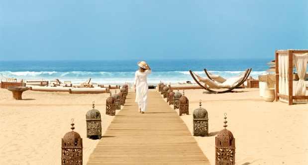 حوالي نصف مليون سائح في 6 أشهر.. المغاربة عتقو السياحة فأكادير