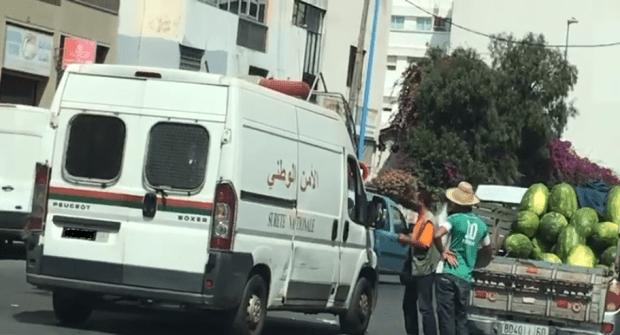 بسبب الرشوة.. مول الدلاح فكازا طيح ضابط أمن وبوليسي دقة وحدة