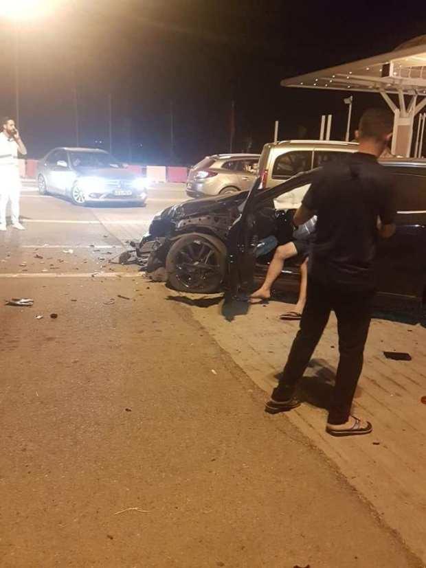 بالصور من وجدة.. التهور وراء حادثة سير في محطة الأداء
