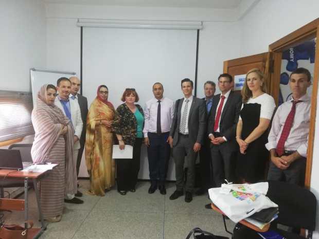 بالصور من العيون.. دبلوماسيون أجانب في معهد الدراسات الاستراتيجية