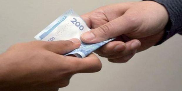 سقوط مسؤول أمني ومستشار جماعي.. رقم التبليغ عن الرشوة خدام مزيان