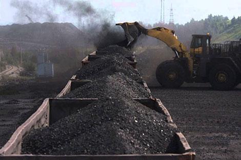 جرادة.. دعم مالي لـ11 تعاونية عاملة في استخراج المعادن وتسويق الفحم الحجري