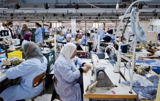 """بسبب """"حوايج"""" موريتانيا وسبتة وتركيا.. النسيج المغربي خسر180 ألف منصب شغل"""