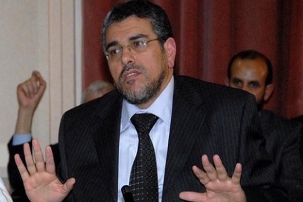 """المغاربة لا ينقصهم شيء ليغادروا بلادهم"""".. حقيقة تصريح منسوب إلى الرميد"""