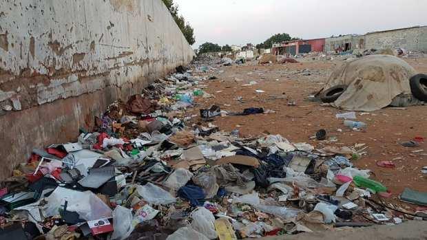ماشي غير في العيد.. الزبل داير حالة في سلا (صور)
