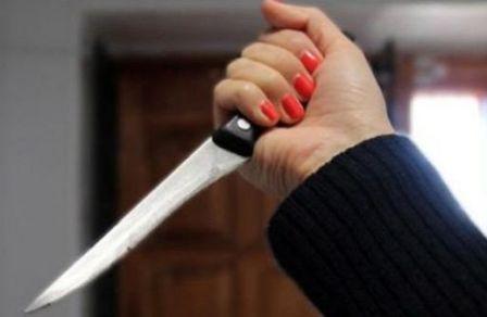 مارتيل.. تلميذة تهدد أستاذتها بسكين!