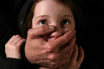 """""""أو أنا"""".. حملة للتوعية بالعنف الجنسي ضد الأطفال"""