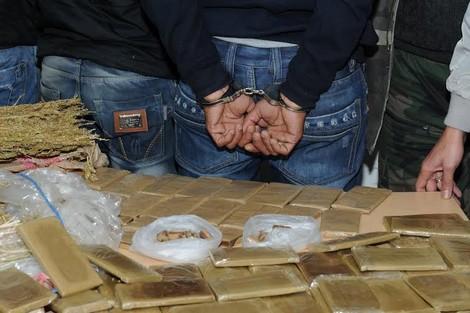 الصويرة.. تفكيك عصابة متخصصة في ترويج المخدرات وحجز كمية من الشيرا