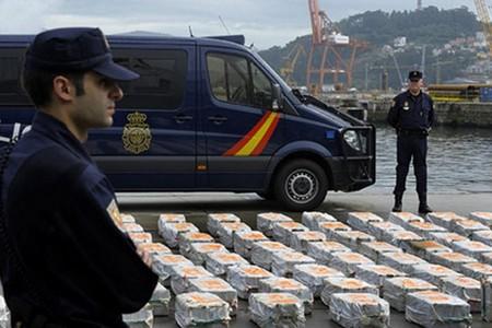 سيارات وقارب.. الأمن الاسباني يضع اليد على شبكة لتهريب المخدرات