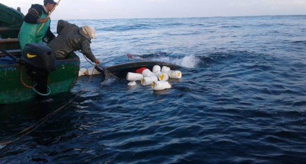 بوجدور.. إنقاذ صياد والبحث عن آخر إثر انقلاب قارب للصيد