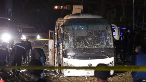 بعد تفجير حافلة السياح.. مصر تقتل 40 إرهابيا!