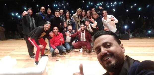 بالصور والفيديو.. رشيد العلالي العلالي يُضحك المغاربة في بلجيكا
