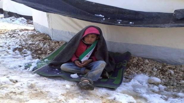 بسبب البرد.. وفاة 15 طفلا في مخيمات اللاجئين في سوريا
