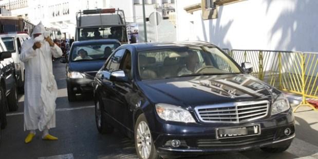 الخير موجود.. سيارات الدولة استهلكت حوالي 40 مليار سنتيم من المحروقات في عام!!
