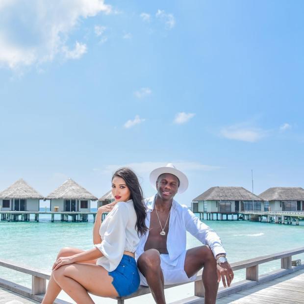 بالصور.. حمزة منديل وزوجته العارضة مروة ما زال في جزر المالديف