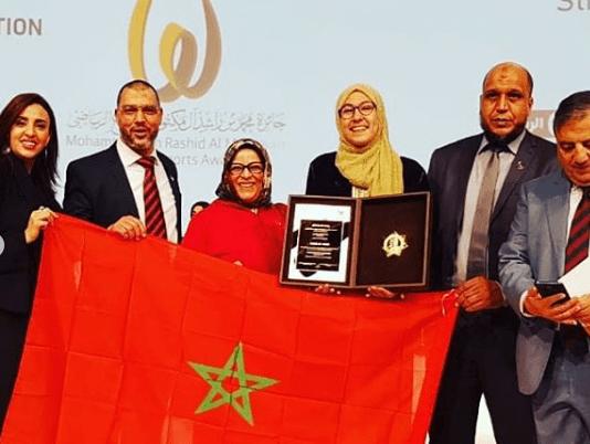 """بالصور من دبي.. تتويج فاطمة الزهراء أبو فارس بجائزة """"الإبداع الرياضي"""""""