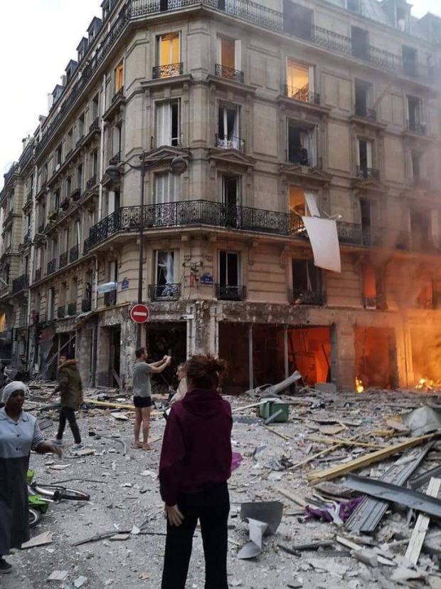 بالصور والفيديو.. إصابة أكثر من 20 شخصا في انفجار وسط باريس