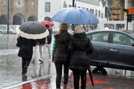 الويكاند.. أمطار ورياح قوية