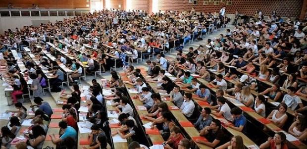 فرنسا.. 7 جامعات ترفض رفع رسوم التسجيل للطلبة الأجانب