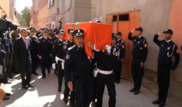 بالصور من مراكش.. جنازة مهيبة للشرطية الحامل التي قضت في حادثة سير