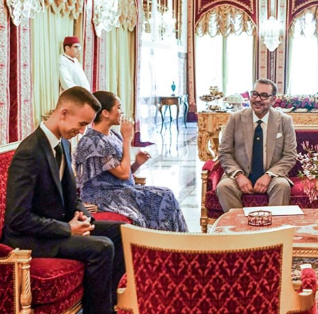 بالصور والفيديو من الرباط.. الأمير هاري وزوجته في ضيافة الملك محمد السادس