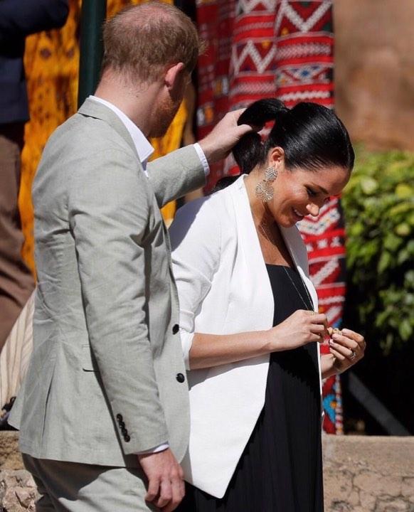 صور وفيديوهات.. كواليس من زيارة الأمير هاري وزوجته إلى المغرب