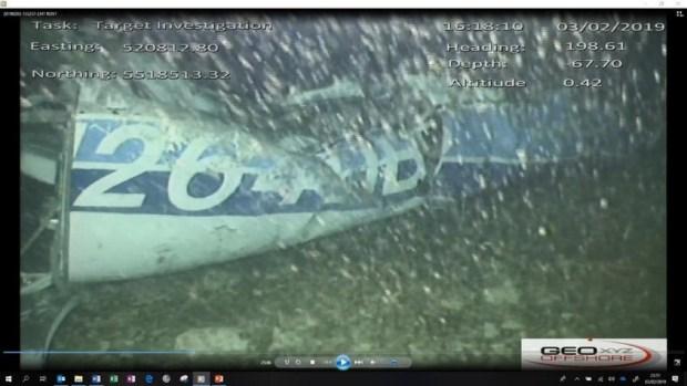مؤثر.. العثور على جثة داخل حطام طائرة لاعب نانت الفرنسي (صور)