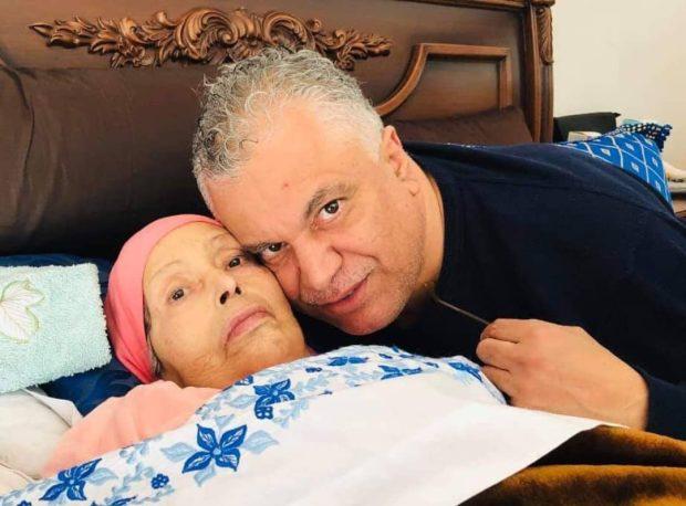 بعد صراع طويل مع مرض السرطان.. وفاة والدة محمد الخياري