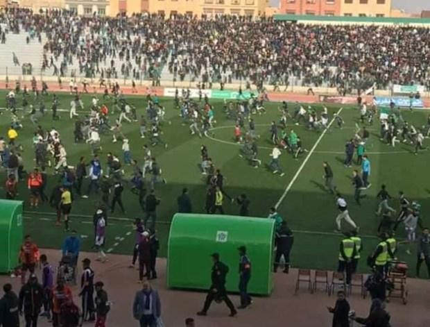 """شغب """"ديربي الشرق"""".. اعتقال 65 مشجعا وإصابة 10 رجال شرطة"""