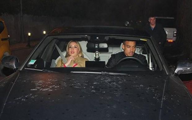 شدوه حي.. نبيل درار مع زوجته في إسطنبول (صور)