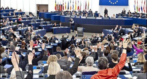 الضربة الموجعة للبوليساريو.. البرلمان الأوروبي يصادق بأغلبية ساحقة على اتفاق الصيد البحري بين المغرب والاتحاد الأوروبي