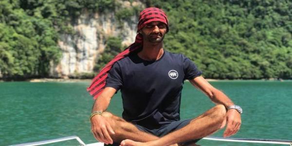 ياسين درقاوي.. مغامر مغربي يسعى إلى تحطيم رقم قياسي بعبور خليج تايلاند