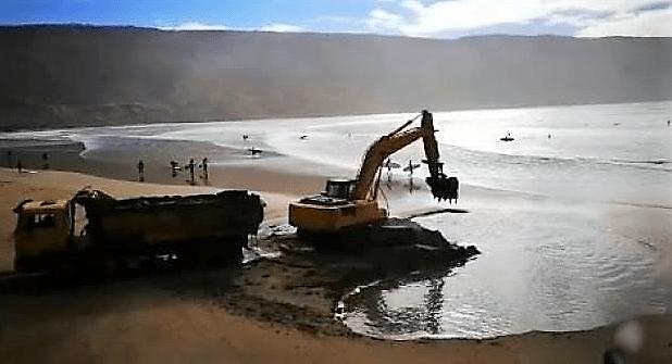 سرقة رمال شاطئ إمسوان في أكادير.. الوكالة الوطنية للموانئ توضح