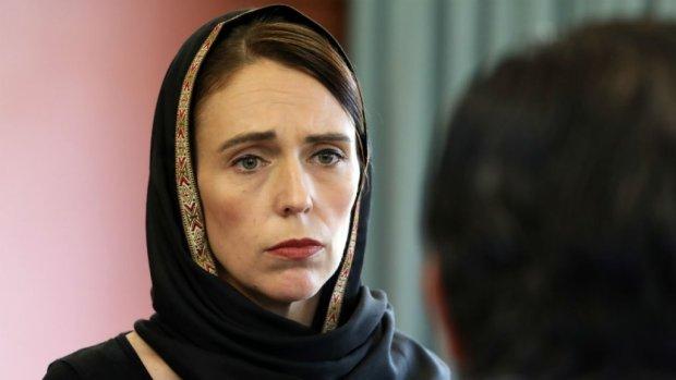 """رئيسة وزراء نيوزيلندا: تلقيت بيانا من """"السفاح"""" الأسترالي قبل تسع دقائق من هجومه على المسجدين"""