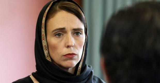 تضامنا مع المسلمين.. نساء ورجال نيوزيلندا يرتدون الحجاب غدا الجمعة
