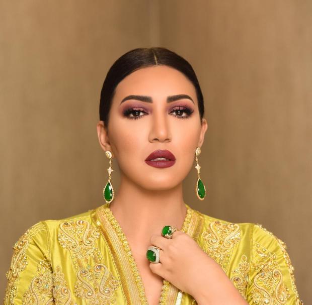 بالصور من أبو ظبي.. أسماء المنور تتألق بالقفطان المغربي