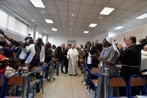 """الجمعية الخيرية """"كاريتاس""""/ الرباط..البابا فرانسيس يلتقي مهاجرين نظاميين من إفريقيا جنوب الصحراء"""