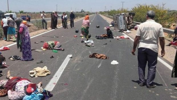 بعد مقتل عدد منهن في حوادث سير.. جمعية تطالب العثماني بصيانة حقوق وحياة العاملات الزراعيات